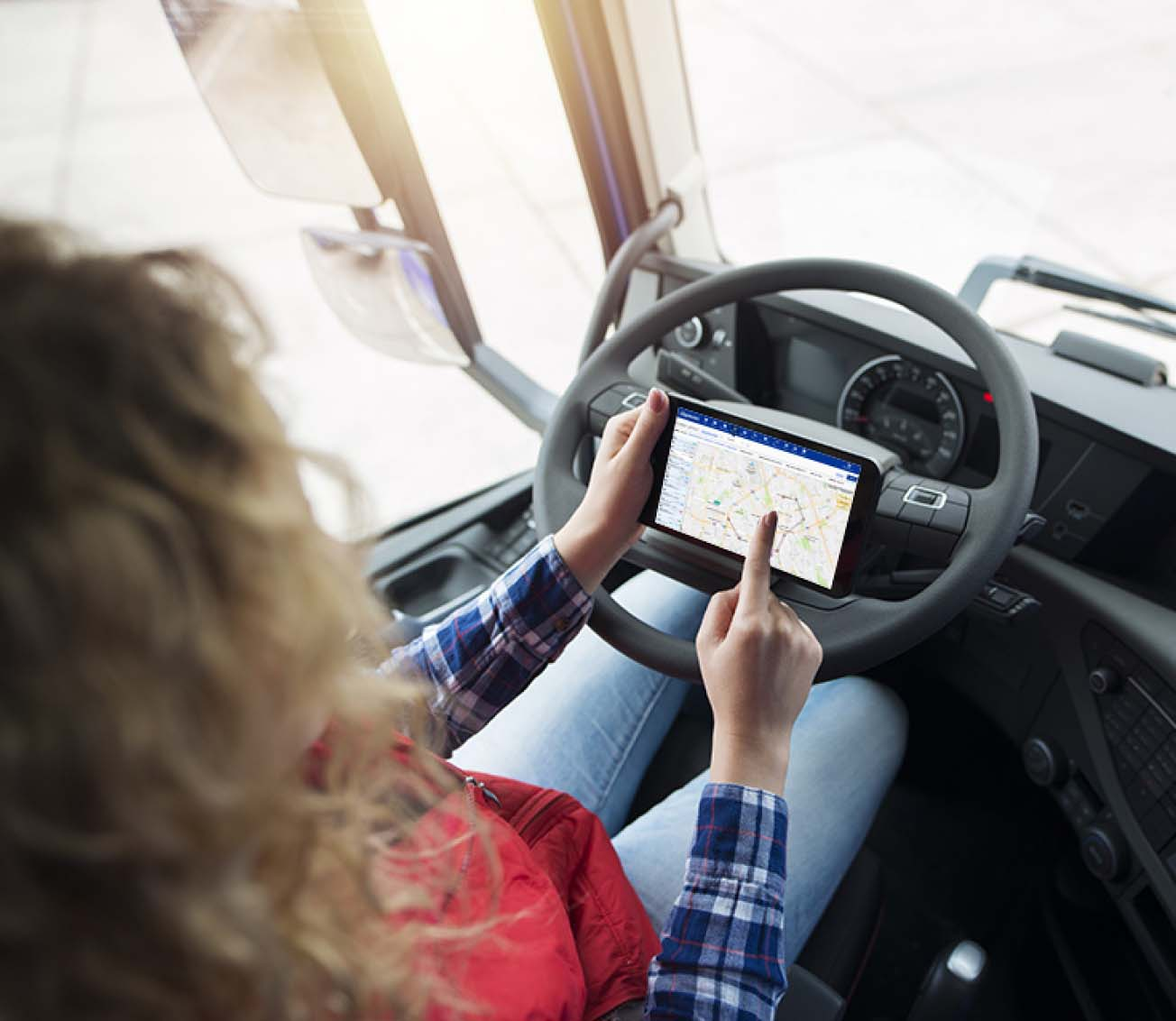img-driver-tablet@2x